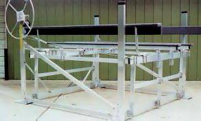 cantilever boat lift
