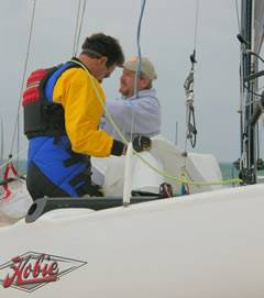 Photo Rigging a Hobie - Midwest Sailing